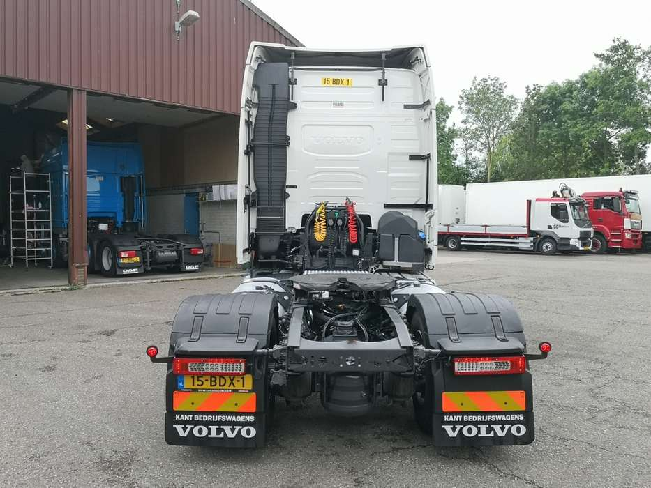 Volvo FH460 4x2 Globetrotter Euro6 - VEB+ - 2 tanks - Fridge - ... - 2014 - image 22
