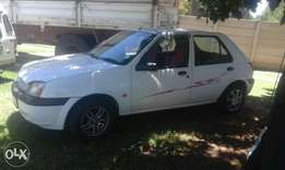 Ford Fiesta 2000 for sale at R40 000 neg ..