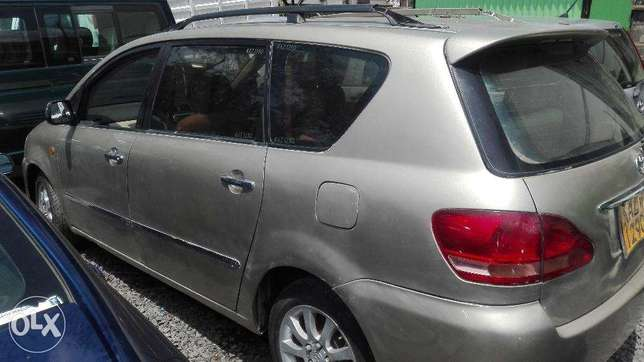 Toyota picnic super clean 7seater auto buy and drive 2000cc Hurlingham - image 1