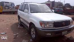 Buy and drive a clean land cruiser