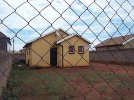 Three bedroom house for sale in Protea Glen Ext 28, R490 000