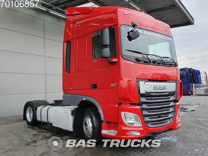 DAF XF 460 4X2 Mega Euro 6 - 2015 - image 3