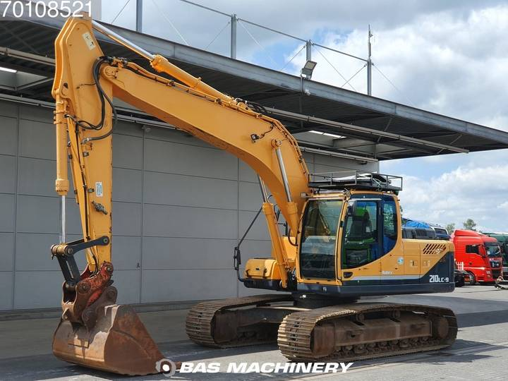 Hyundai Robex R210LC-9 Niace and clean machine - good undercarriage - 2013