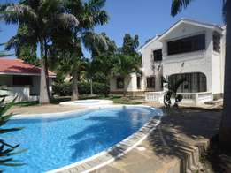 Luxurious 4 bedroom villa for short term let- Nyali