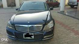 Brand new fairly used BENZ C-CLASS 250