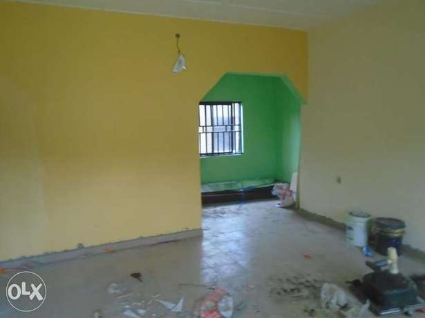 A well finished 1 bedroom flat at Rumunduru by culvert junction Port-Harcourt - image 2