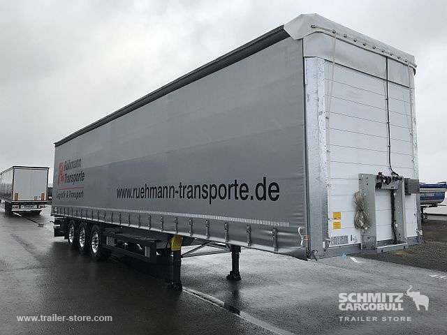 Schmitz Cargobull Curtainsider Standard Getränke - 2018