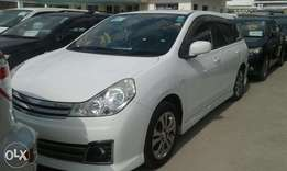 Nissan Wingroad white