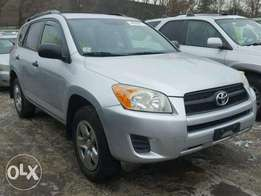 Clean Toyota for urgent sales
