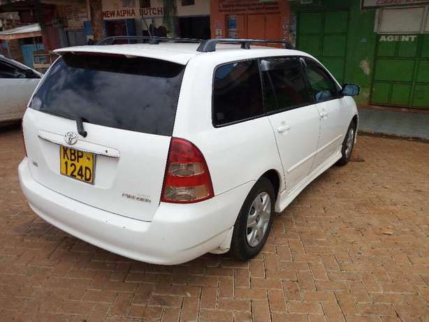 Very Clean 2004 Toyota Fielder For sale Naromoru - image 2