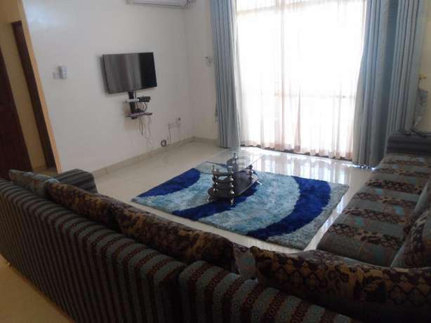 Executive 3 bedroom fully furnished apartment for long/short term let. Nyali - image 7