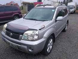 Nissan Xtrail High roof