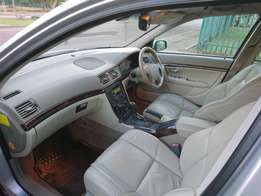 Volvo S80 (As new!)