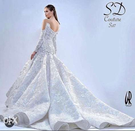24 haute couture dresses for sale بداعي السفر