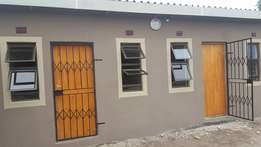 Rooms to let at mzingazi crossin rbm cross road. 5 minute drive to rb