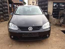 Direct tokunbo golf5 auto first 04 leather interior with full option