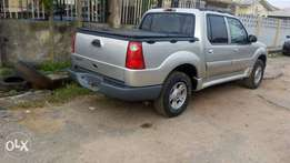 super clean, accident free ford explorer 2004 model for 2.38m