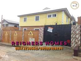 Newly & lavishly furnish 3bedroom flat TO-LET In Solomade Estate