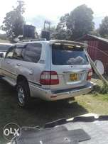 Awesome Toyota land cruiser vx diesel 4200cc auto.