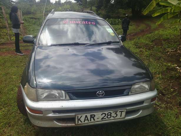 clean toyota g touring with driver n passenger air bags asking 420000 Ruiru - image 4