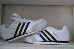 Addidas sneaker shoes