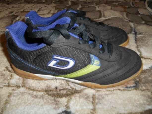 Футбольні буци Demix 31 розмір  250 грн. - Дитяче взуття Луцьк на Olx 1fc504b138d0d