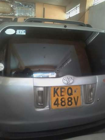 Toyota succed very clean car get it at only 550,00ksh only. Mombasa Island - image 4
