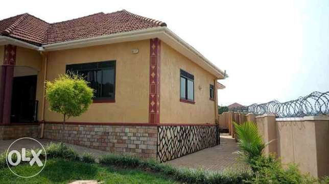 4bedroom bungalow 4 sale at 350M located in Najjera Kampala - image 2