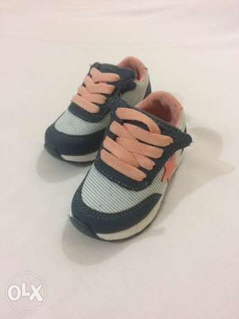 RedTag Baby girl shoes is 1.5 rials size20