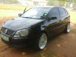 Good condition VW polo with negotiable price
