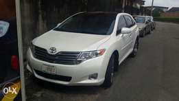 Super Clean Tokunbo Toyota Venza 2010 v6 full option