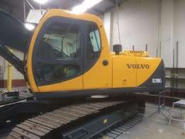 2000 Volvo EC 210 only 10k hours 2 owners