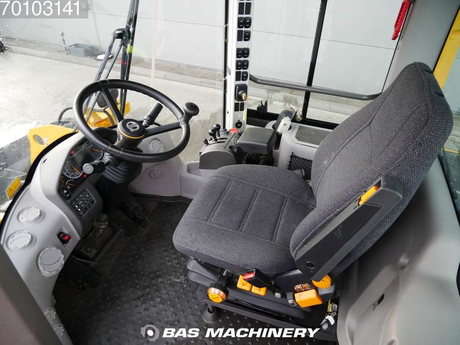 Volvo L70H Clean and ready for work - 2016 - image 12