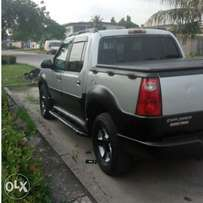 Neatly Used Ford Explorer 2001 Silver