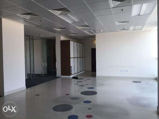 320 sqm Partitioned ready move office in BIN OMRAN