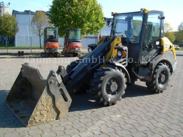 Ahlmann Ax 700, Bj 14, 2250 Bh, 4in1, Gabel, Reifen Neu - 2014
