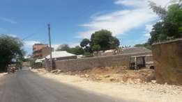 The plot for sale at kilifi cbd, 200mtrs from kilifi tuskys and behind
