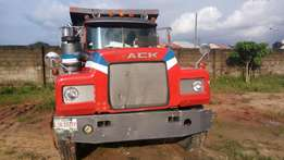 Super clean Mack Truck for sale with all the features intact in Uyo