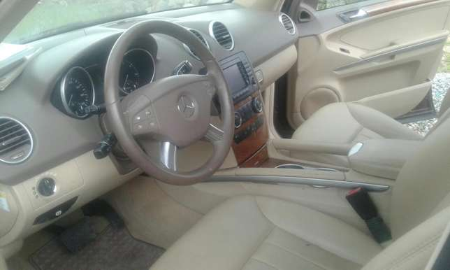 2007 Toks Mercedes Benz ML 350 Lagos Mainland - image 5