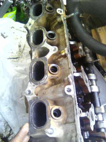 Toyota 2.7 vvti cylinder head for sale Rietvalleirand - image 2