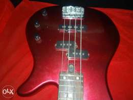 """Bass guitar 4 string in very good condition, good as new rbx 170 ,34"""""""