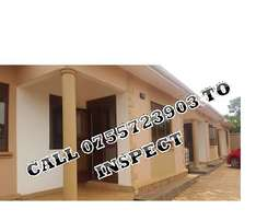 Juicy 2 bedroom house for rent in Kireka-Kamuli rd at 450k