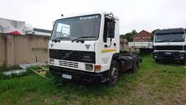 2000 volvo fl10 horse for sale