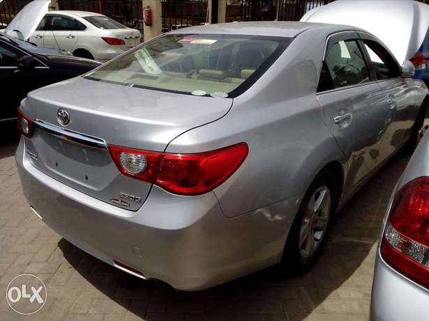 Toyota mark x silver colour new plate number fresh import Mombasa Island - image 4