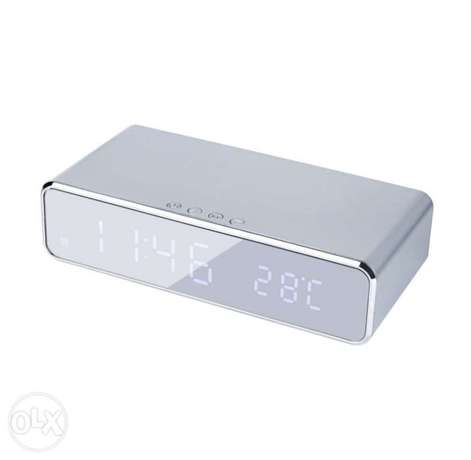 Electric LED alarm clock with phone wireless charger Desktop الرياض -  6