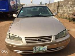 clean Toyota Camry engine ok gear ok Ac chilling Lagos clear