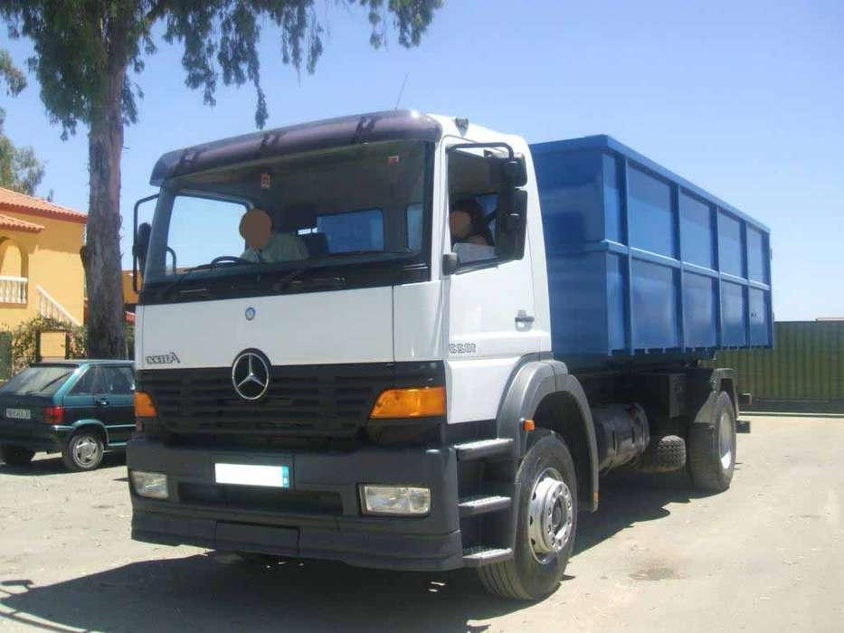 Mercedes-Benz ACTROS 18 23 GANCHO + CAJA ABIERTA - 2005