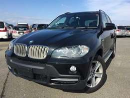 BMW X5,new import,2010,KCM with sunroof.