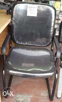 Waiting chair with armrest