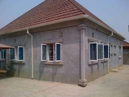 3 bed bungalow airport road